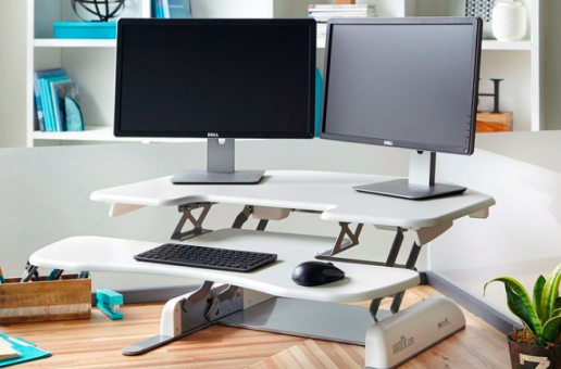 A standing ovation for 3M's new Sit/Stand Desk.